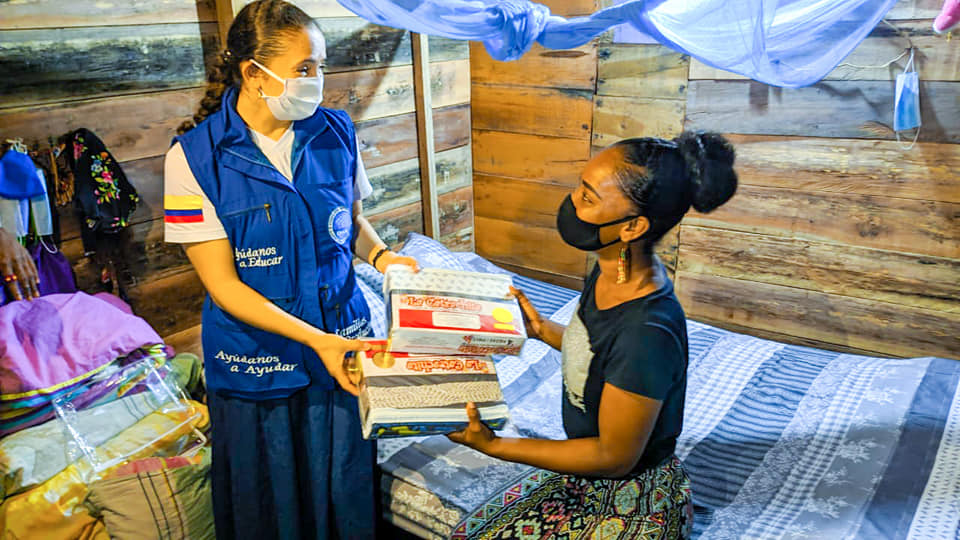 Familias damnificadas por la ola invernal en Itsmina, Chocó reciben ayuda humanitaria