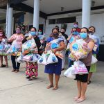 Entrega de 2000 ayudas en Ecuador