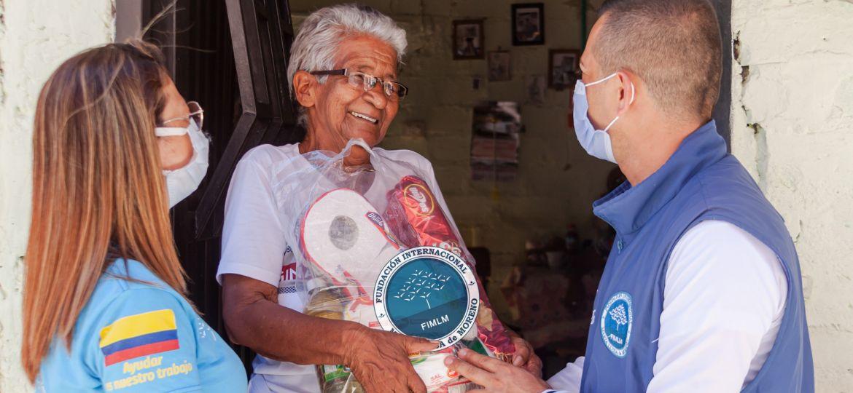 Entrega de ayuda humanitaria a familias damnificadas por el desbordamiento del río Risaralda. Mayo, 2021