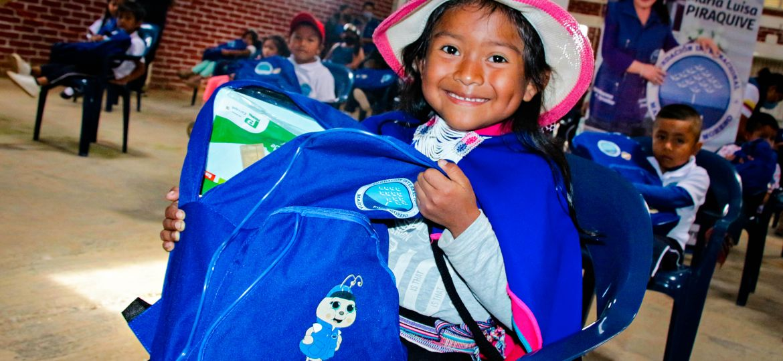 Entrega de kits escolares para la comunidad Misak en el Cauca, Colombia. 15 de julio de 2021.